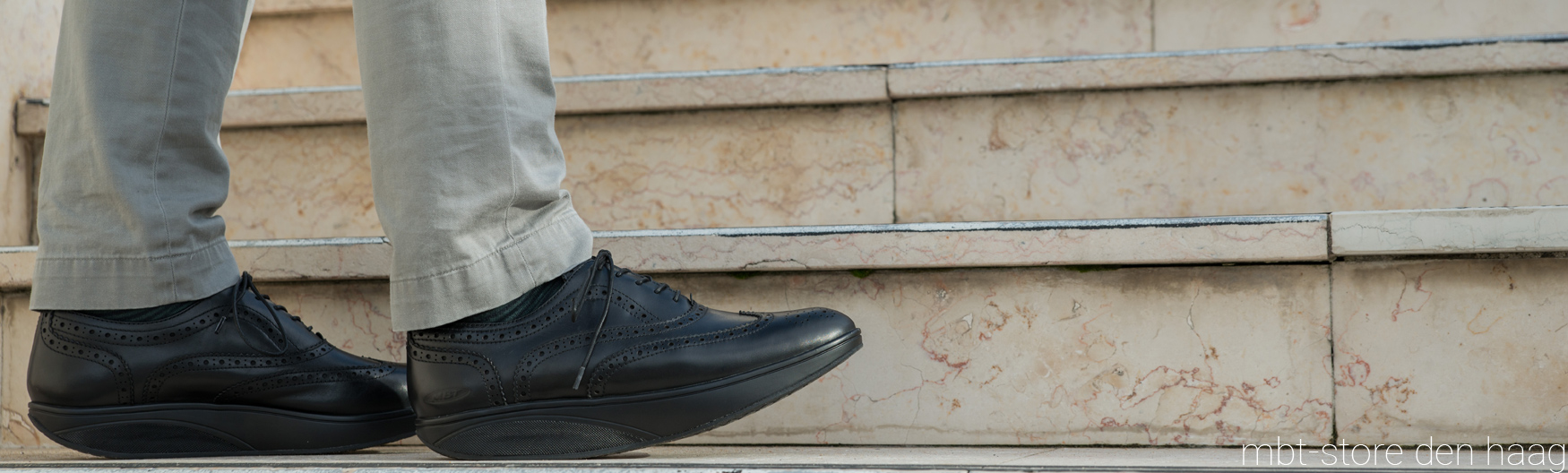 OXFORD WING TIP M BLACK CALF